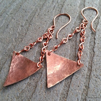 Hammered Copper Triangle Dangle Earrings with Handmade Copper Chain Links - Textured Sheet Metal Earrings - Industiral Minimalist Earrings