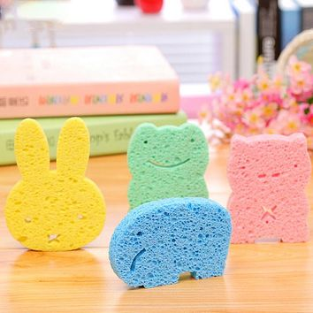High quality eco-friendly super soft infant bath sponge baby bath brush lovely animal shape sponge for the bath eponge bebe