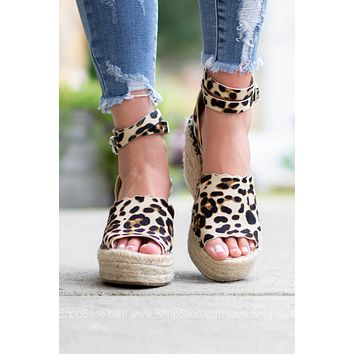 Scalloped Espadrilles Wedges | Leopard