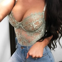 Victoria Lace Bodysuit (mint)