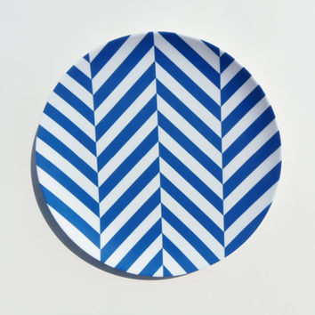 Simple Chevron 10 Melamine Plate