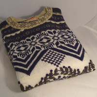 Tunic-Length Slip-Over Acrylic Ski Sweater with Textured Design