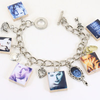 Once Upon A Time Bracelet - Emma Swan, Snow White, Prince Charming, Evil Queen, The Mirror, Rumplestilskin