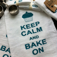 Keep Calm and Bake On Flour Sack Tea Towel Retro Cotton Dish Cloth Kitsch Cupcake Teal or Magenta Pink