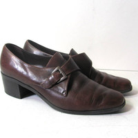 vintage brown leather buckled shoes. women's size 8.5