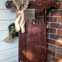 Rustic Christmas Sled Decor - Country Sleigh Decoration - Reclaimed Pallet Sled