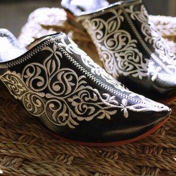 Bohemian Leather Shoes, Moroccan leather shoes, Boho Shoes, Boho Clogs, Gypsy Mules, Christmas gifts, special occasion gifts, Gift for her