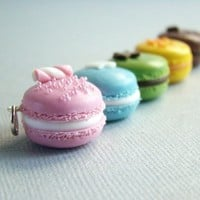 Macaron Pendant - Pastel Rainbow - Paris Collection