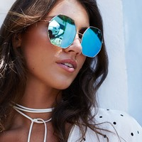 Quay Kiss And Tell Sunglasses Rose Blue