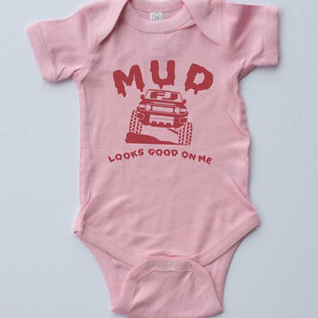 "Baby Girl Onesuit-""MUD looks good on me"" FJ Cruiser-Baby Girl Outfit-Pink Onesuit-off road baby gift"