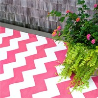 Dash & Albert Chevron Fuchsia/White Indoor/Outdoor Rug