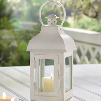GABLE SMALL WHITE LANTERN