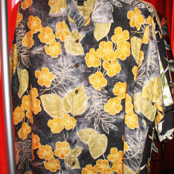 Amazing Vintage Hawaiian Shirt TOMMY BAHAMA  RELAX  Yellow Flowers Acid  Wash 100% Linen Size M  Very Collectible