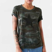 Truly Madly Deeply Camo Star Tee - Urban Outfitters