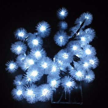 Novelty Solar Snow Flakes LED Lamps Snowball String Lights for Holidays Wedding Parties Events Xmas Easter Christmas Decoration