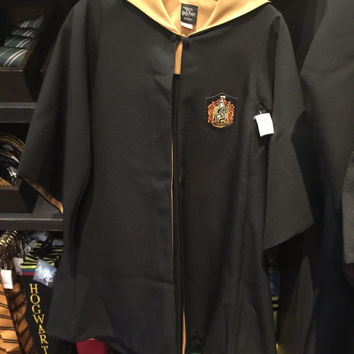 Universal Studios Wizarding World Harry Potter Hufflepuff Robe New L with Tags
