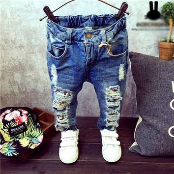 LMF78W Kids Trousers new Baby Boys Girls Jeans Brand Fashion Autumn Children Broken Hole Pants Trousers Children Clothing 2-7Yrs