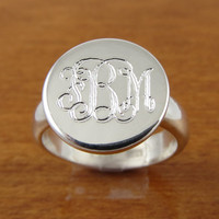 Monogram Ring Initial Ring Personalized Ring by tiposcreations