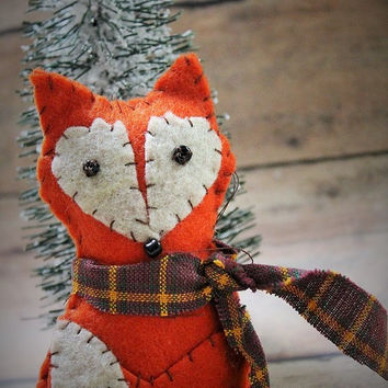 Felt fox ornament-Handmade forest friend fox-felt ornament-baby room decor-fox party favors-Fox Christmas ornament-woodland-ready to ship