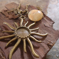 SUN GOD long ball chain of sun stone & dragonfly by AsaiBolivien 10,90 US$