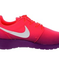 Nike Women's Rosherun Print Laser Crimson/White/Brght Grp Running Shoe 7 Women US