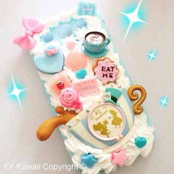 Alice in Wonderland inspired Kawaii Decoden Phone case by YYKawaii