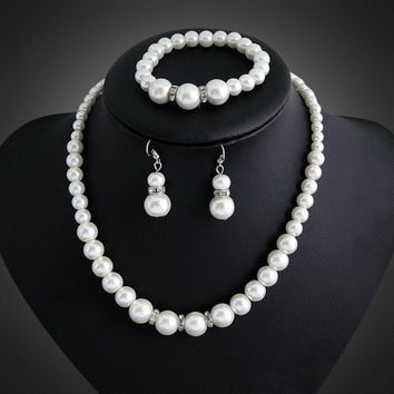 Pearl and Crystal Jewelry Set