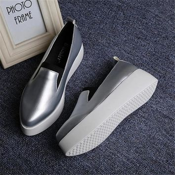Spring Autumn Women Leather Loafers Fashion ballet flats sliver white black Shoes Woman Slip On loafers boat shoes Moccasins jx3