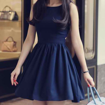 Blue Sleeveless Backless Flounced Dress