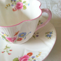 Vintage Shelley China Tea Cup and Saucer Rose and Red Daisy Pattern/Ludlow Shape/Fine Bone China/Made in England/Cottage Style