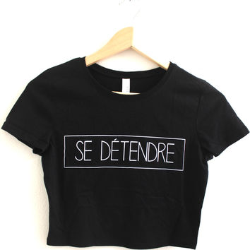Se Détendre Black Graphic Crop Top
