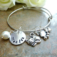 Pet bracelet Personalized Cat Bracelet Paw Expandable Hand stamped Jewelry