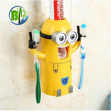Creative Bathroom Gadgets Cartoon Minions Shape Toothbrush Holder Gifts Automatic Toothpaste Dispenser Toothpaste Squeezers