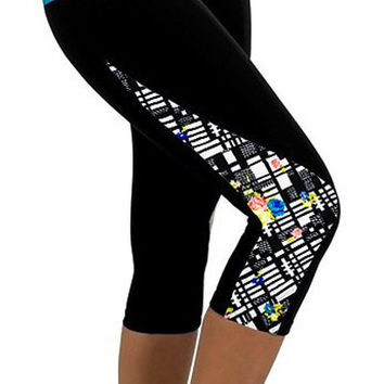 Black and Blue Geometric Print Capri Pants