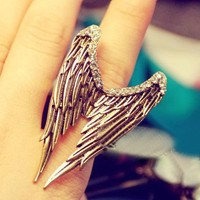Vintage Adjustable Rhinestone Wing Ring at online cheap vintage jewelry store Gofavor