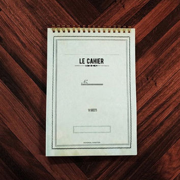 Le cahier antique green A5 size spiral center lined notebook