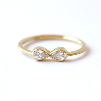 Diamond Infinity Ring - Engagement Ring - 18k Solid Gold