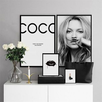 Modern sexy fashion characters supermodel Kate Moss lipstick art poster canvas painting wall pictures for living room decoration