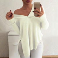 Loose V-neck  sweater  B0015600