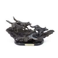 Marc Pierce Signature Night Hunters Sculpture