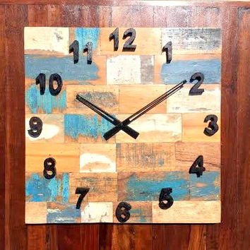 Rustic & Antique Non-Ticking Square Wall Clock of Reclaimed Wood