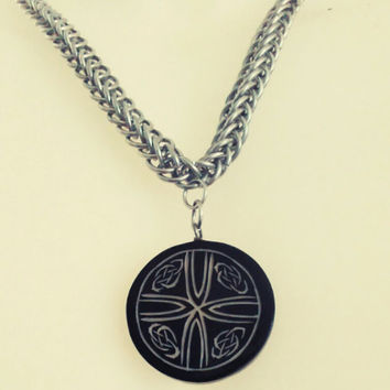 Half Persian 4in1 Chainmaile Necklace with a Celtic Pendant
