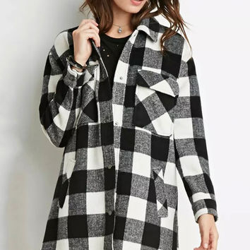 Black and White Long-Sleeved Plaid Geometry Pattern Trench Coat
