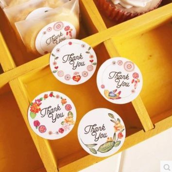 120pcs DIY Thank You Tag Gift Tag Label Marks party Accessories Thanksgiving Seal Label Sticker vintage wedding decoration