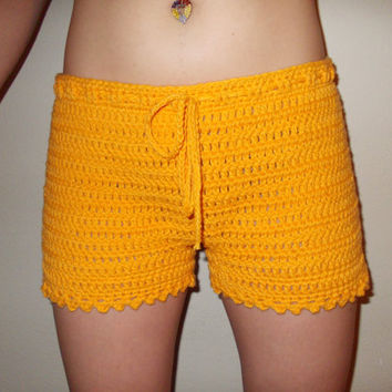 Free Crochet Pattern For Mens Shorts : Mens Crochet Shorts Pattern galleryhip.com - The Hippest ...