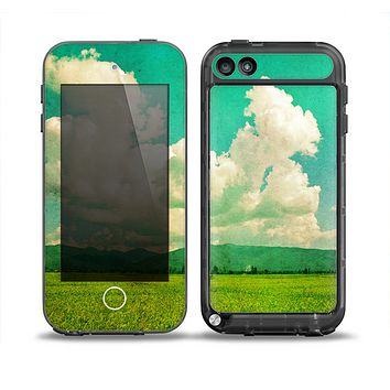 The Green Vintage Field Scene Skin for the iPod Touch 5th Generation frē LifeProof Case