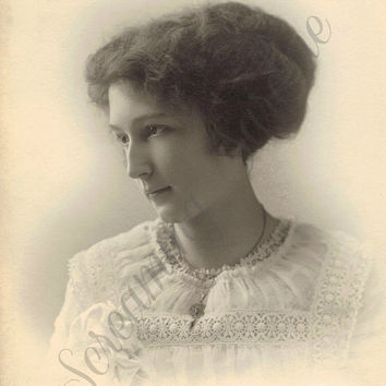 Vintage Digital Download Photo, 1910s woman in pretty dress