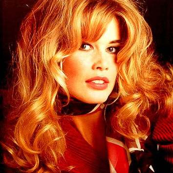 Claudia Shiffer 1993 Pin-Up Poster 25x35