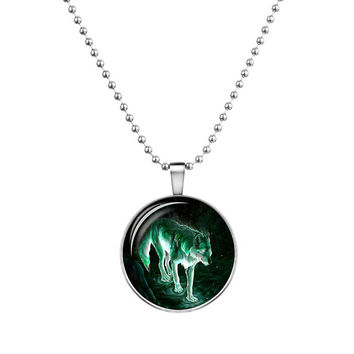 Wolf Cabochon Glass Glowing Pendant Necklaces Fashion Jewelry Silver Plated Chain Glow In The Dark Necklaces
