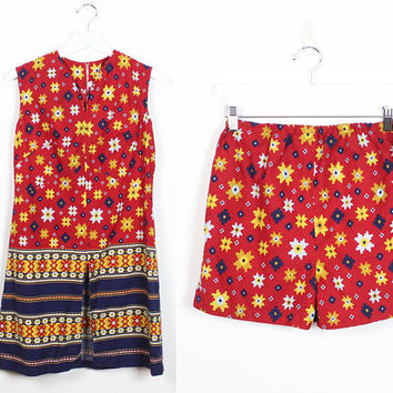 Vintage 1960s Two Piece Set Matching Shorts Sleeveless Top Mini Dress Outfit Red Navy Gold 60s Mod Hippie Outfit Metal Zipper Tank M Medium